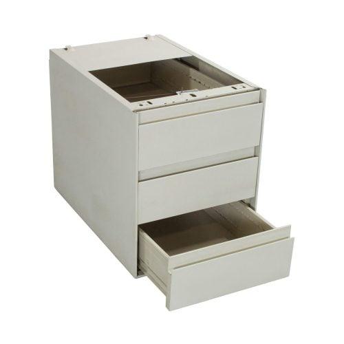 Steelcase-BBB-02.jpg