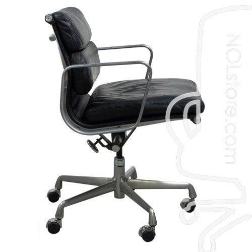 herman miller eames used leather soft pad chair black. Black Bedroom Furniture Sets. Home Design Ideas