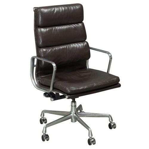 herman miller eames used leather high back chair dark brown. Black Bedroom Furniture Sets. Home Design Ideas