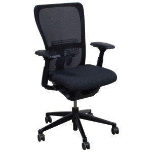 Haworth-Zody-Black Dot Seat-01