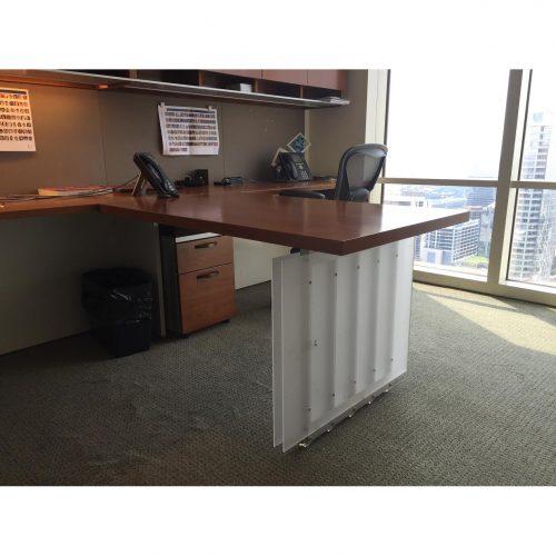 Geiger-Partner Desk-02