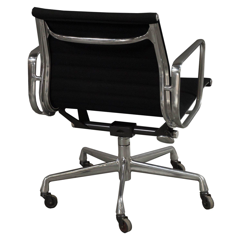 Herman Miller Eames Used Aluminum Group Management Chair Black