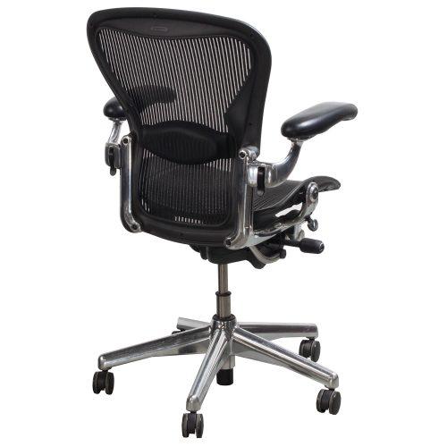 herman miller aeron used aluminum base size b task chair carbon. Black Bedroom Furniture Sets. Home Design Ideas