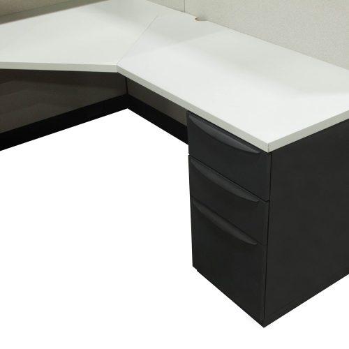 Haworth Premise 6x6 Cubicle in Tan/Creme - Pedestal