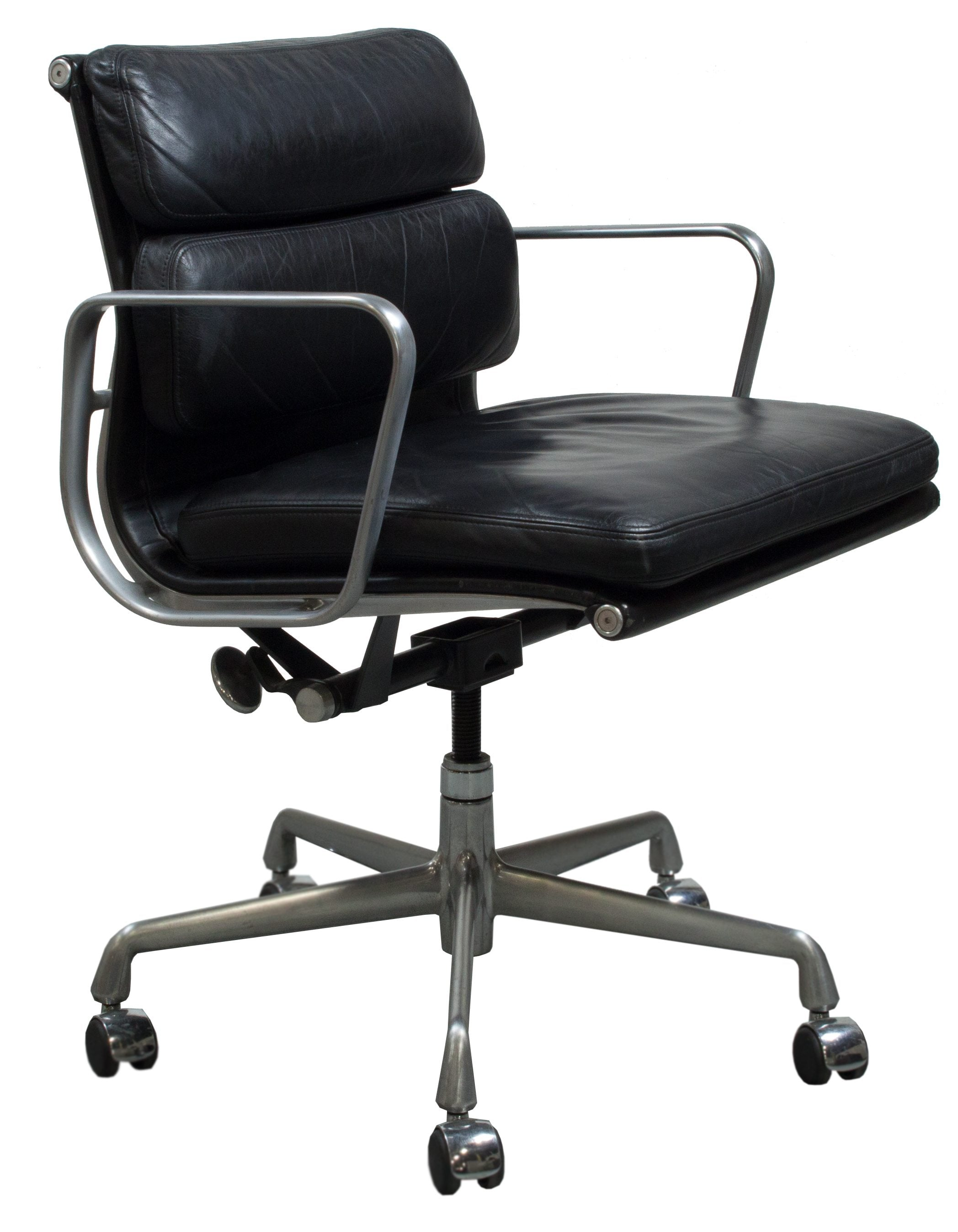 Herman Miller Eames Used Leather Soft Pad Chair Black