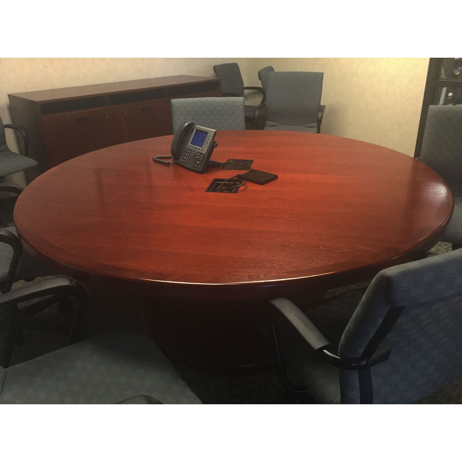 Steelcase Used 72 Inch Round Conference Table, Mahogany