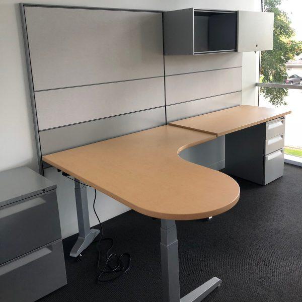 Herman Miller Vivo Used L Shape Right Return Desk Set