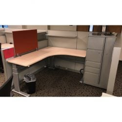 steelcase answer with listing desk
