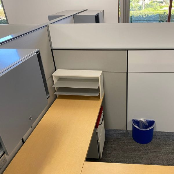 6x6 Herman Miller Used Cubicle with Adjustable Height Table, Gray