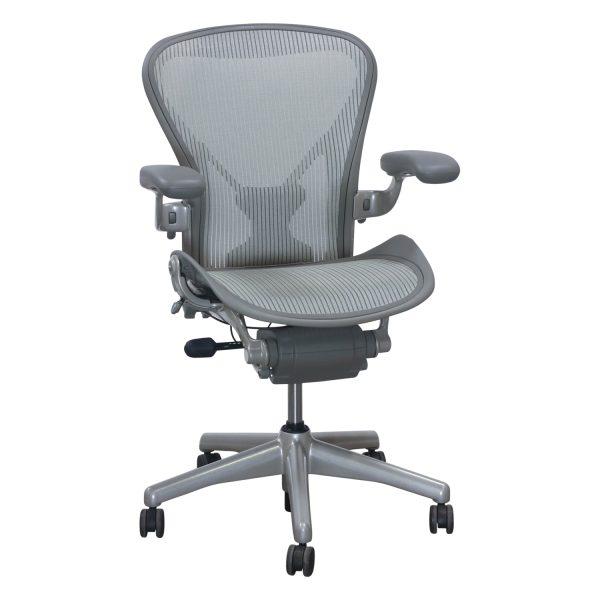 Herman Miller Aeron PostureFit Used Size B Task Chair, Pellicle Quartz